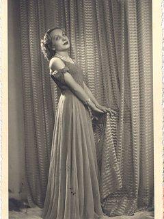 Emma Fedeli Forli In Abito Lungo Biografia 1944